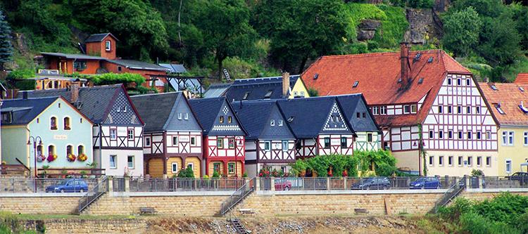 Die Sieben-Brüder-Häuser in Postelwitz